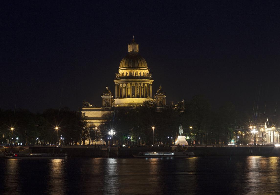 Исаакиевский собор ночью - Iulia Efremova