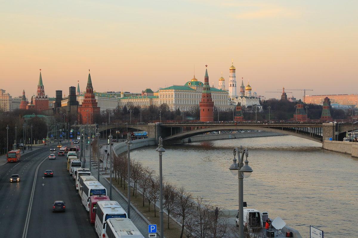 Москва - ninell nikitina
