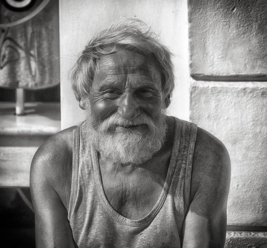 портрет    старика  в  майке - Владимир Иванов ( Vlad   Petrov)