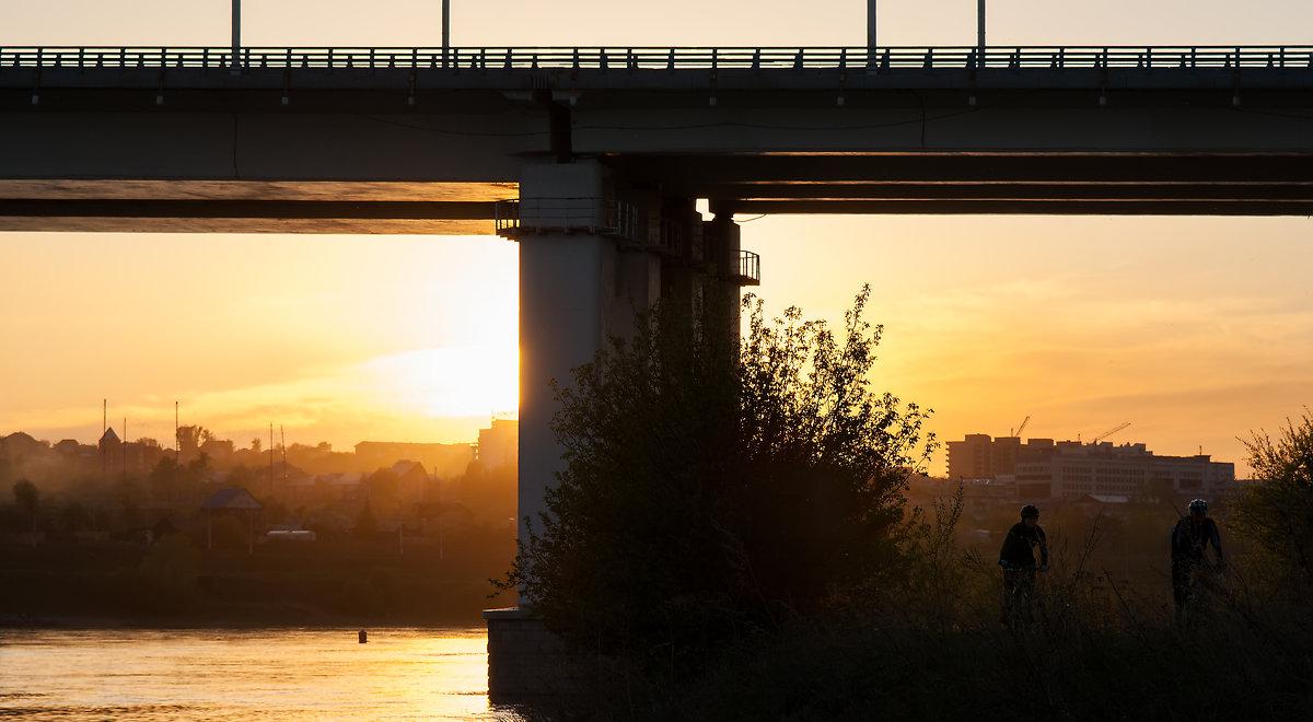 Город на реке Ангара - Константин Чебыкин
