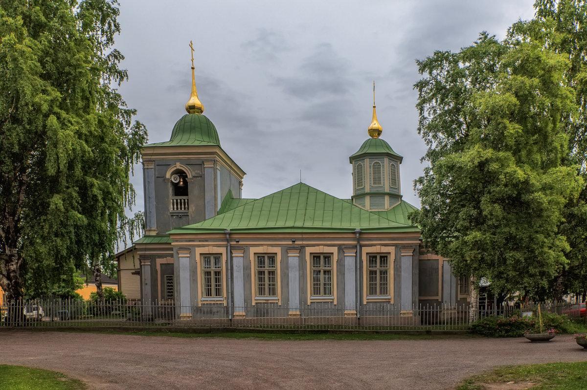 В крепости - Владимир Колесников