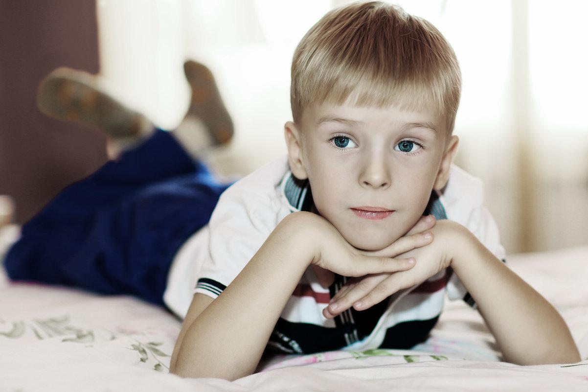 Беззаботное детство - Владимир Ананьевский