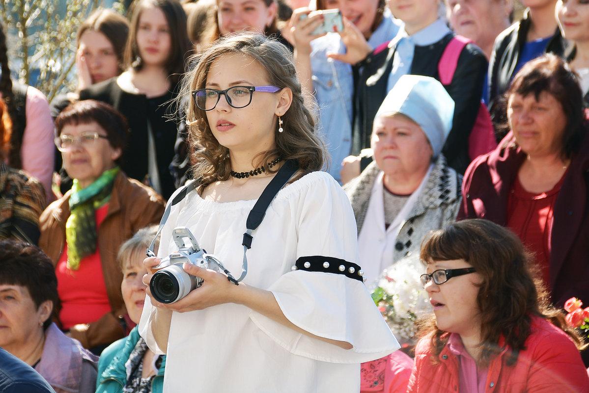 фотографиня - леонид логинов