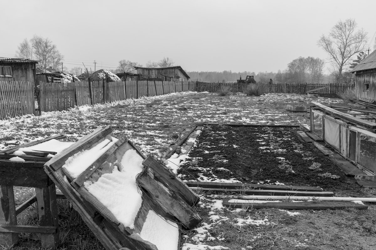 Проехал трактор - Валерий Михмель