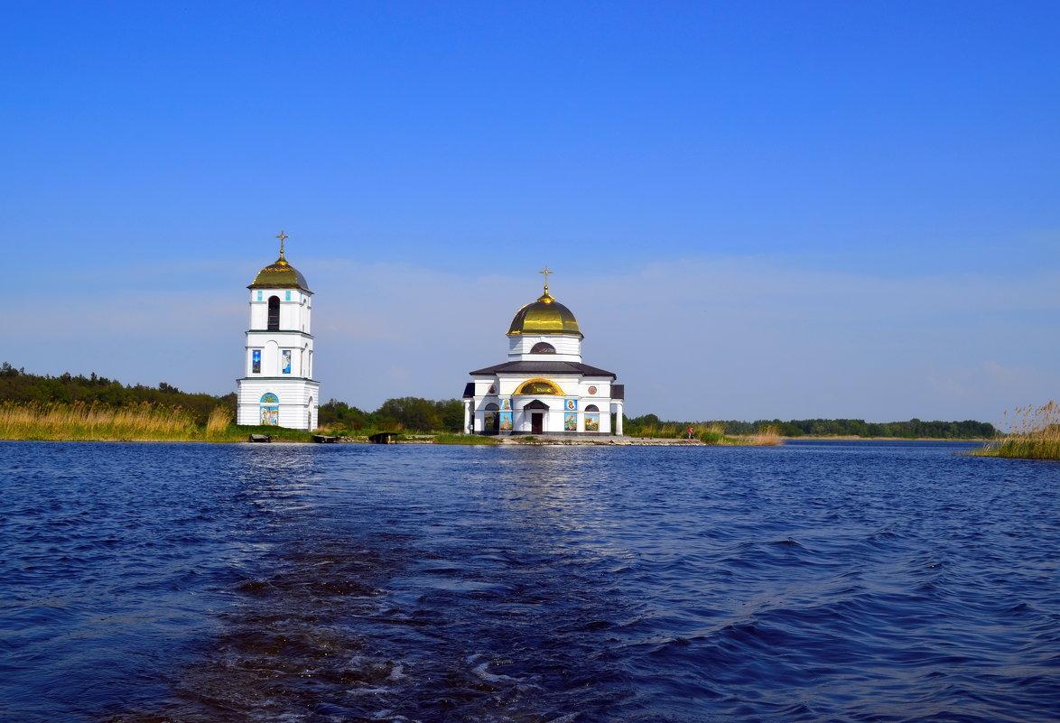 Затопленая церковь - Ростислав