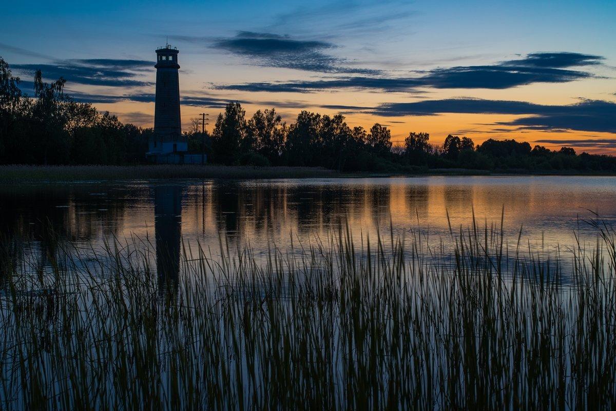 Закатный вечер на Лебяжьем озере. - Виктор Евстратов