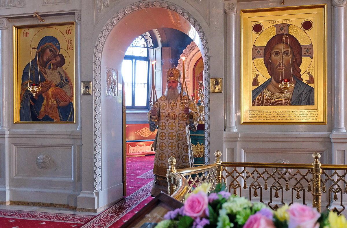 Монастырь. Праздничный день. - Геннадий Александрович