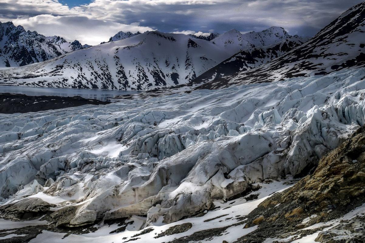 подъём вдоль ледника