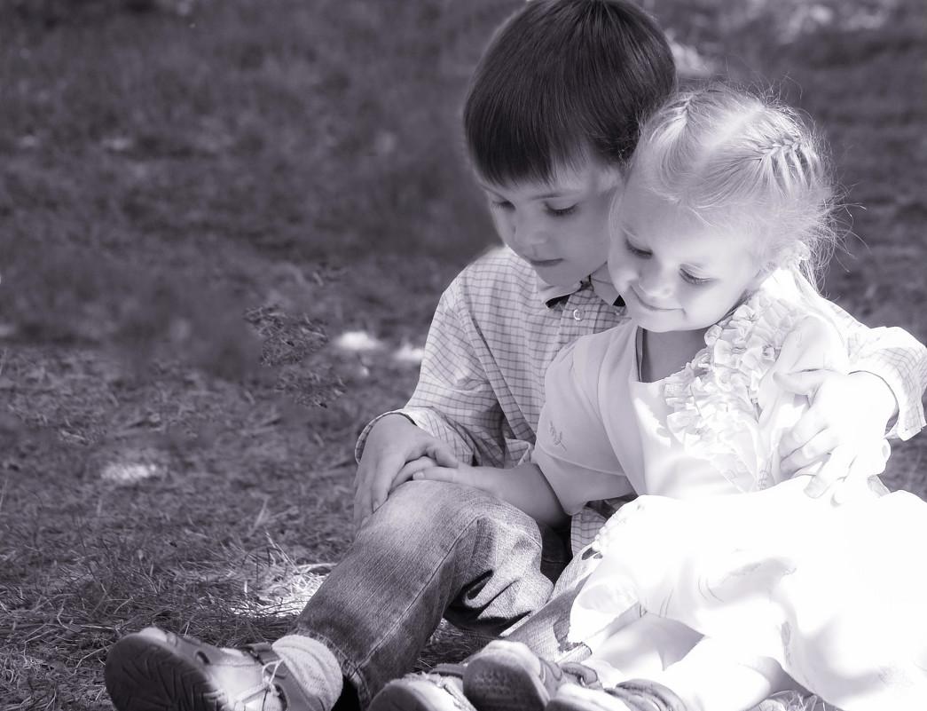 Фото брат с сестрой 3 фотография