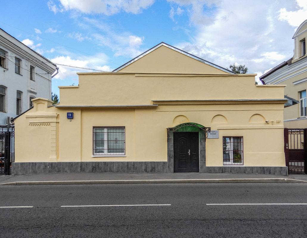 Одноэтажный дом XIX века. - Сергей Лындин