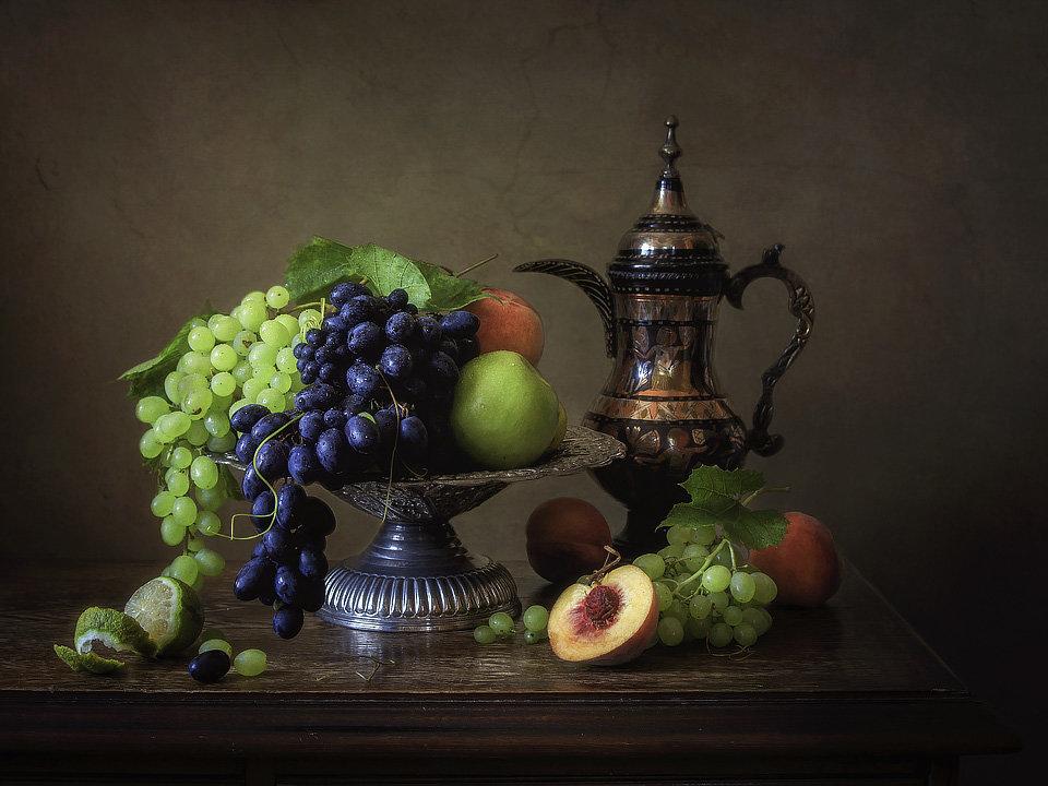 Натюрморт с фруктами - Ирина Приходько