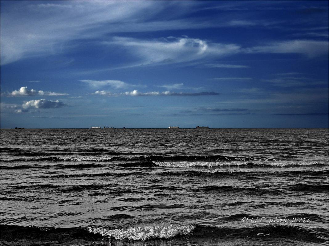 Морской пейзаж. - Liudmila LLF