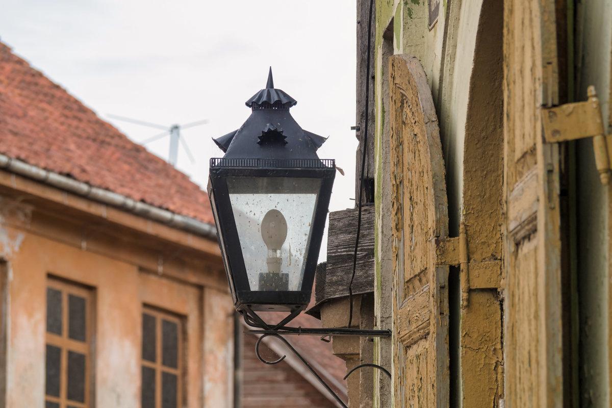 Старинный городок. - Igor Shoshin