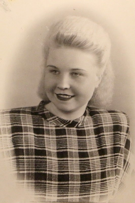 Мама 1950 год - Надежд@ Шавенкова