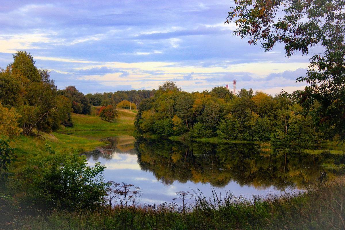 осень  на реке - Сергей Кочнев