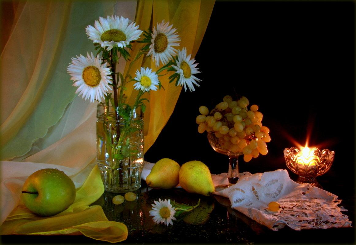 Осенние цветы - души очарованье...