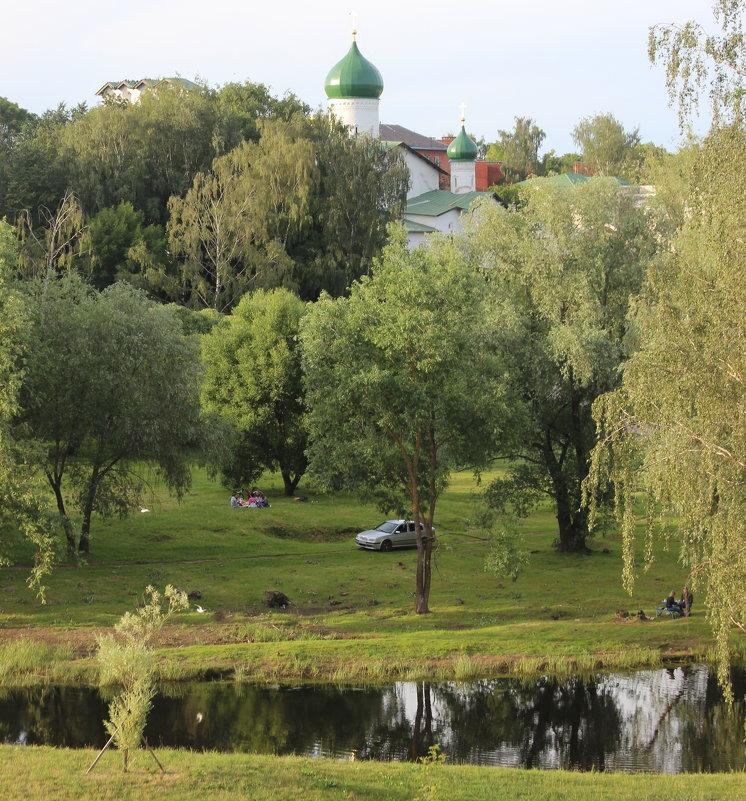 На берегах Псковы - Дмитрий Солоненко
