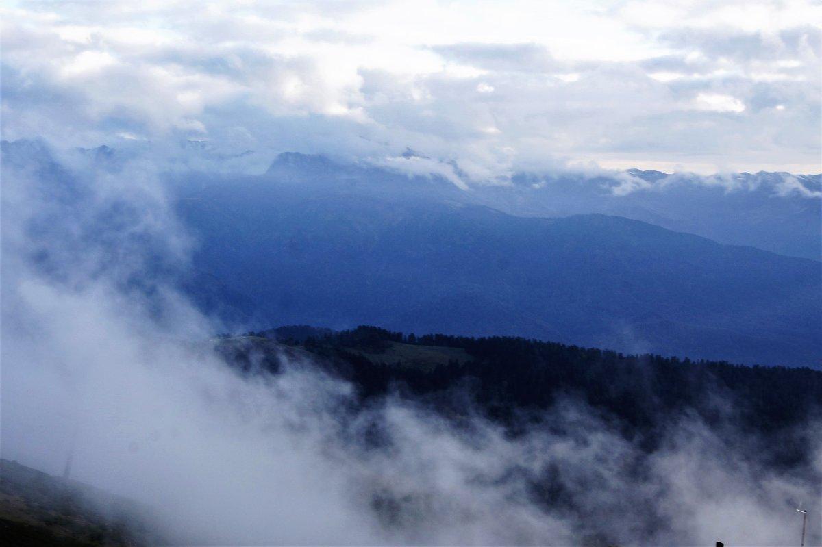 Вышли горы из тумана - Виктория Попова