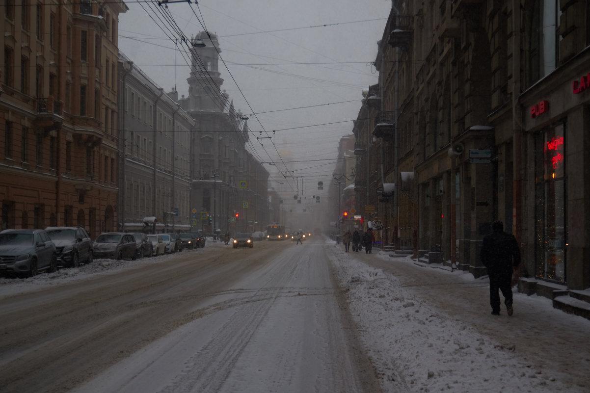 Снег в городе - Алексей Корнеев