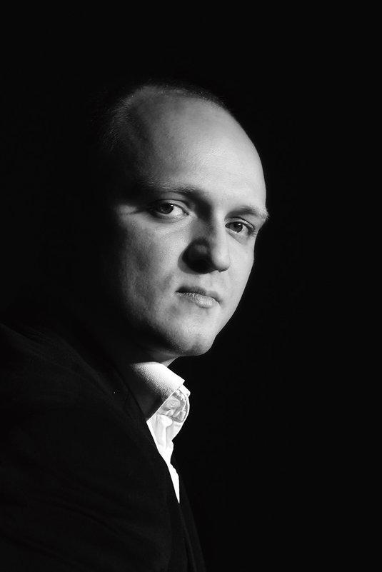 Классический мужской портрет - Сергей Арямов