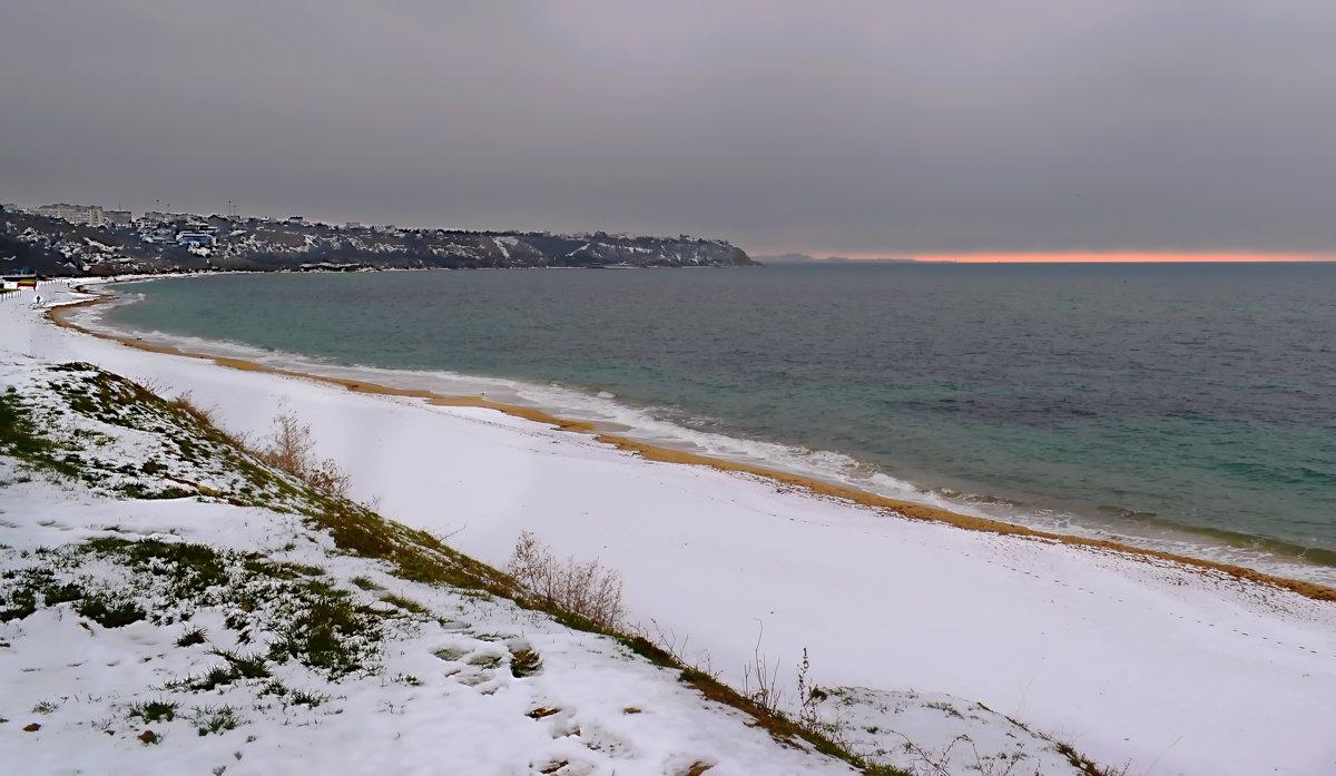Зима в Крыму . - Любовь