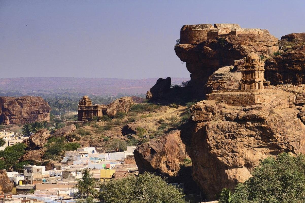 вид на мегалитический храмовый комплекс Бадами - Георгий А