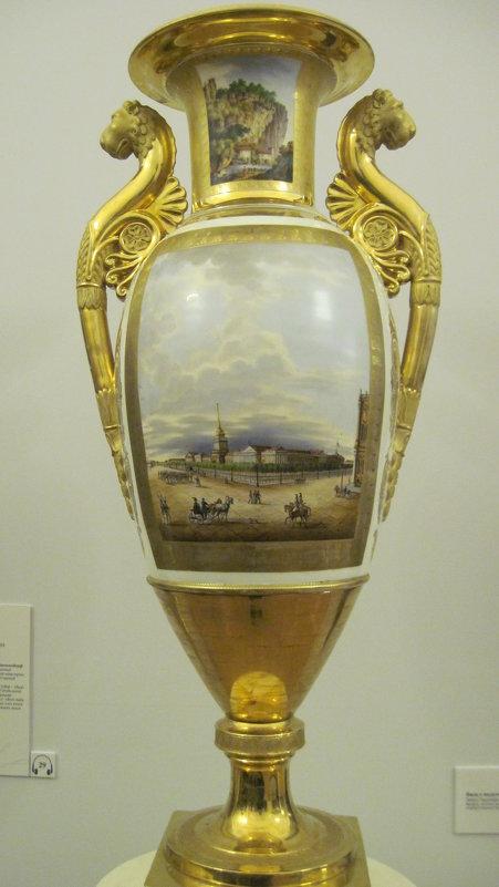 Ваза с видом Адмиралтейства. 1829 год - Маера Урусова