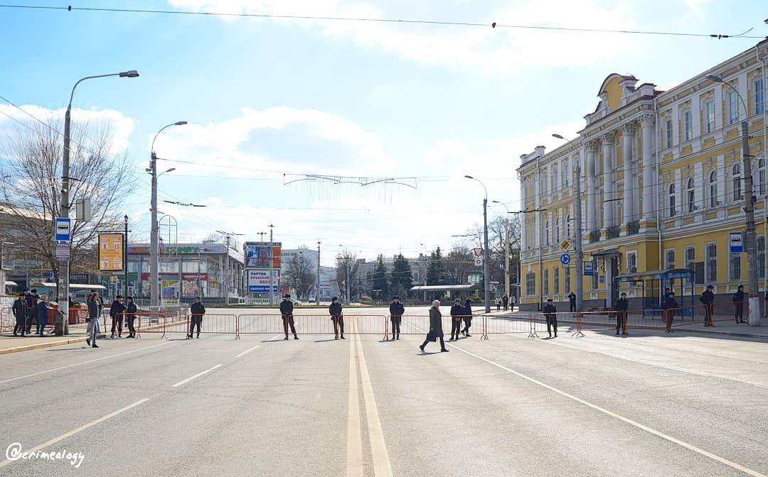 Крымская весна... Забористый праздник... Crimean Spring... Fence holiday... - Сергей Леонтьев