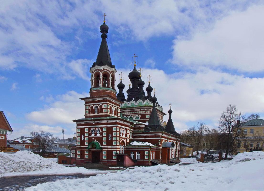 Свято-Серафимовский собор - Галина Новинская