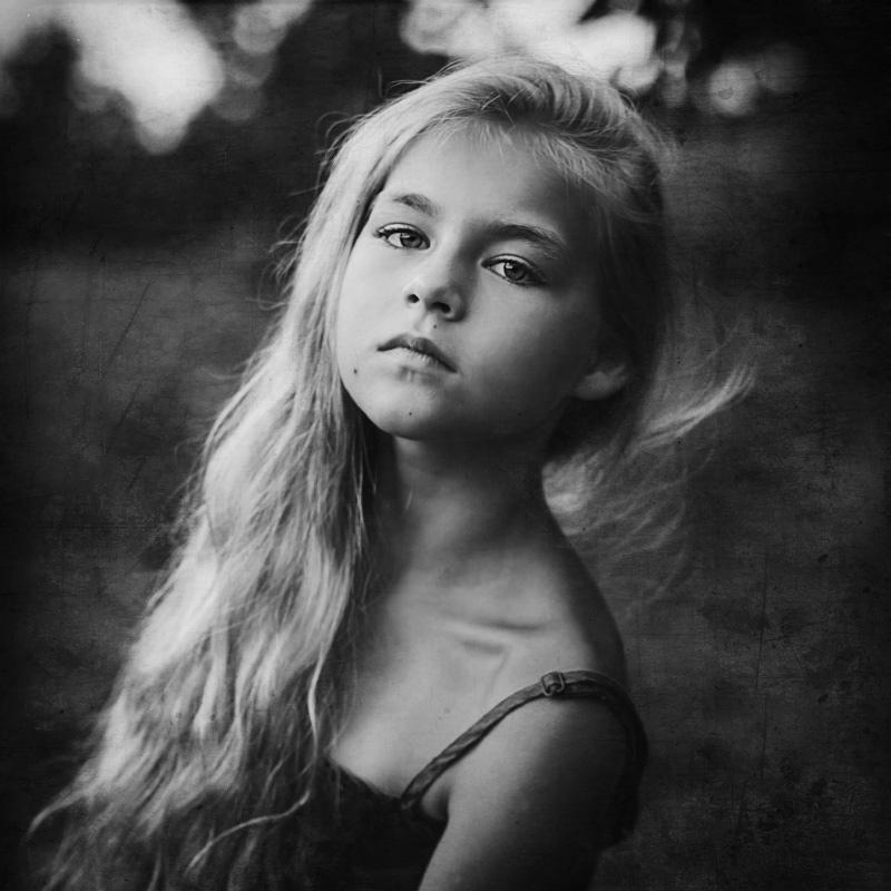 **** - Елена Ященко
