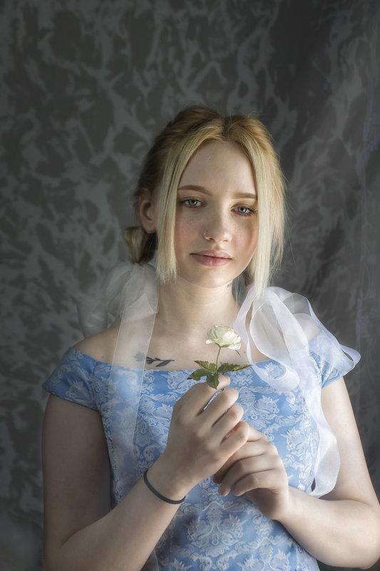 Алиса - Ксения