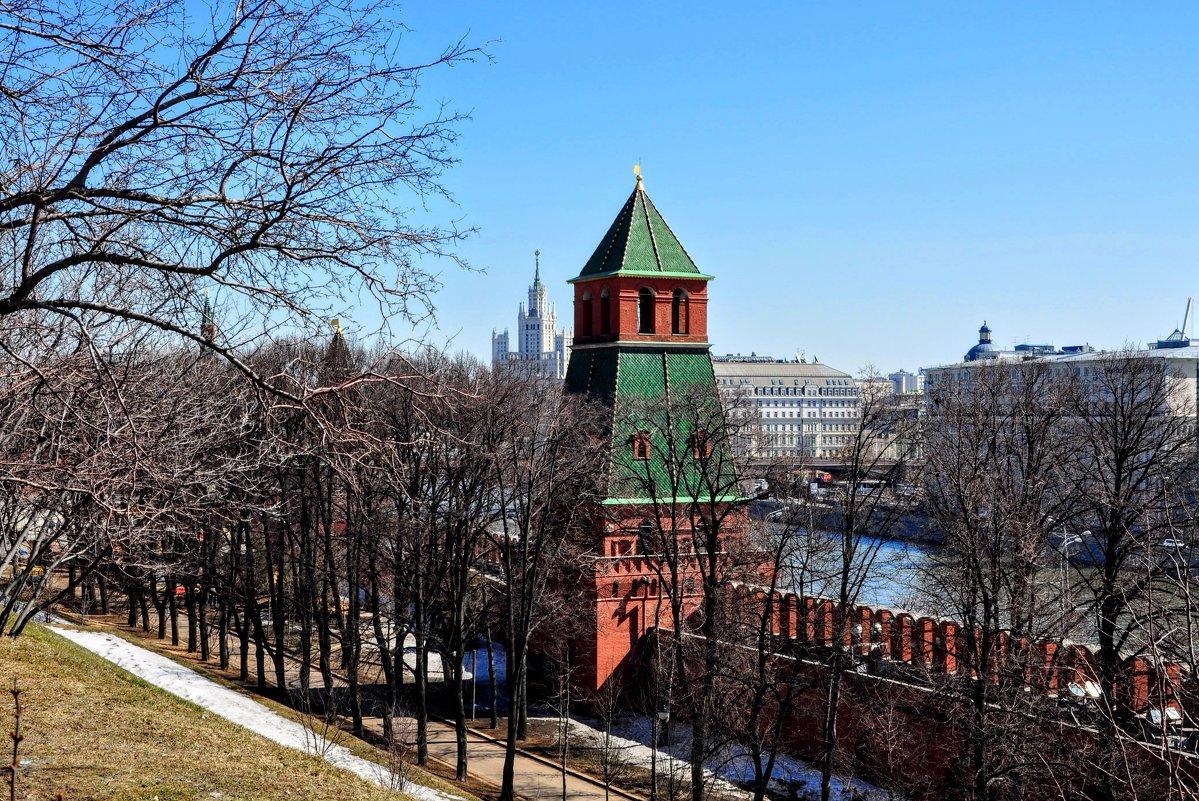Тайницкая башня - Анатолий Колосов