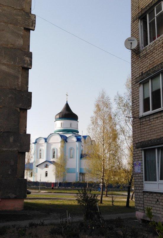 Вид на храм - Maryana Petrova