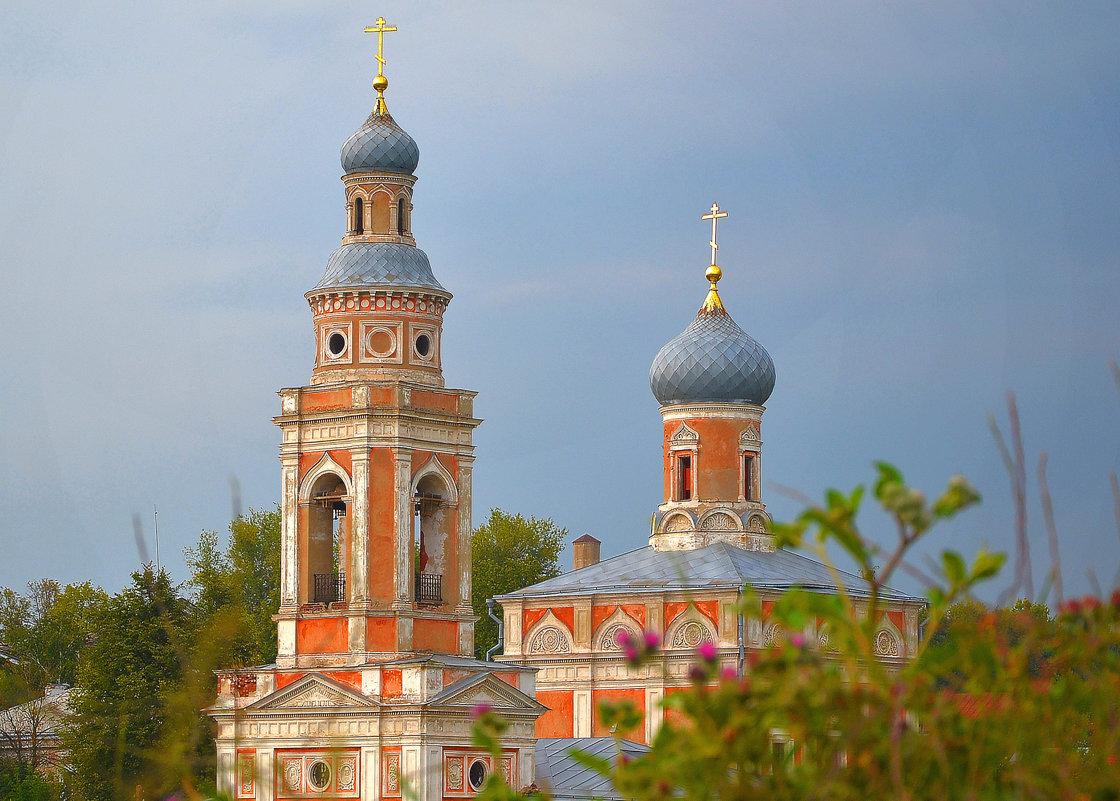 Купола древних храмов - Александра