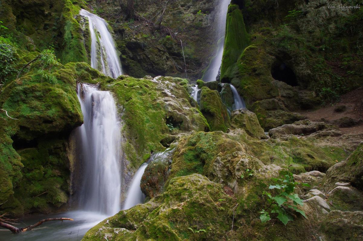 Бачковски водопад ! - Вен Гъновски