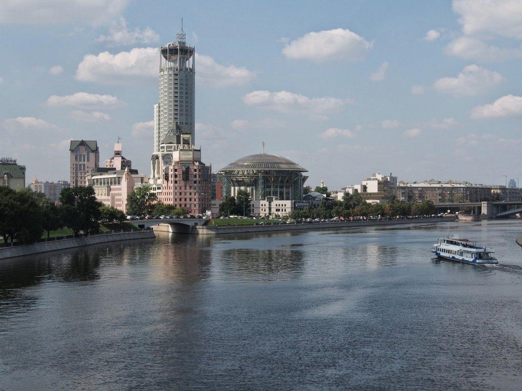 Космодамианская набережная Москвы реки - Игорь Белоногов