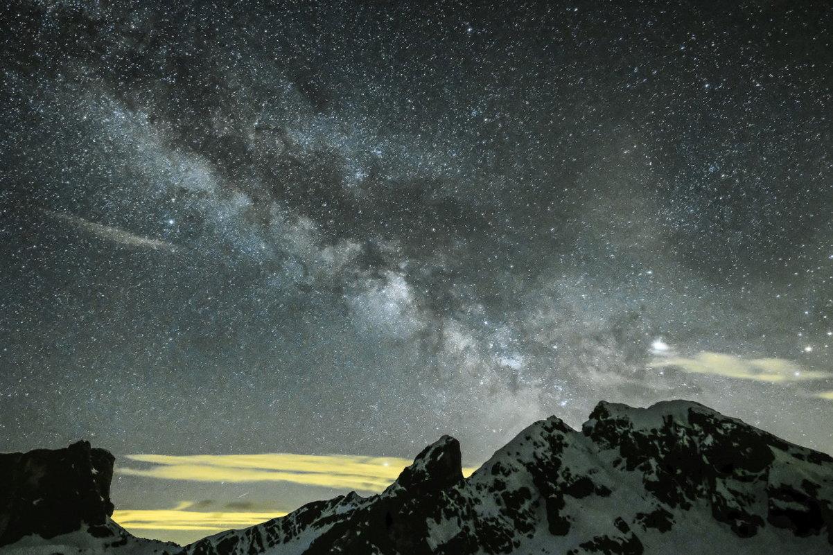 Млечный Путь в горах Доломиты