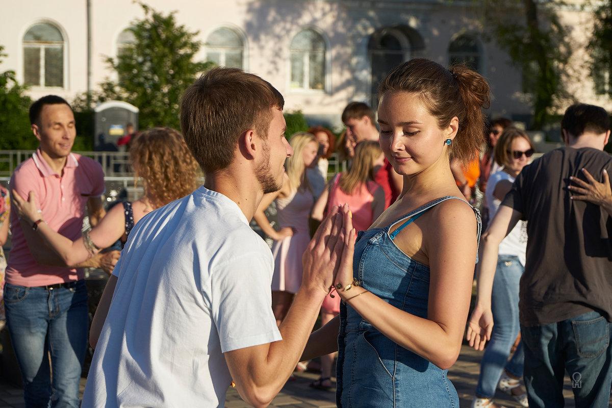 Волгафест-2019, и внезапно искра пробежала... - Олег Манаенков