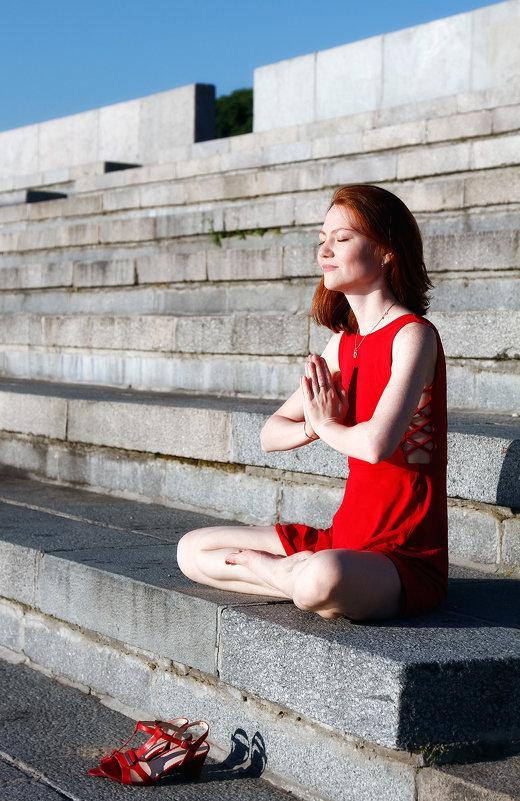 Медитация в красном) - Тарас Золотько