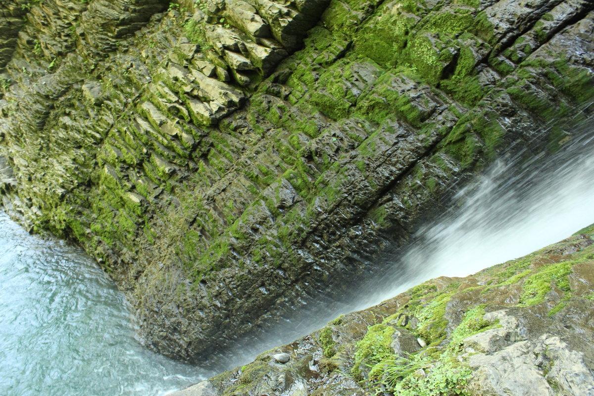 Водопад - Елена