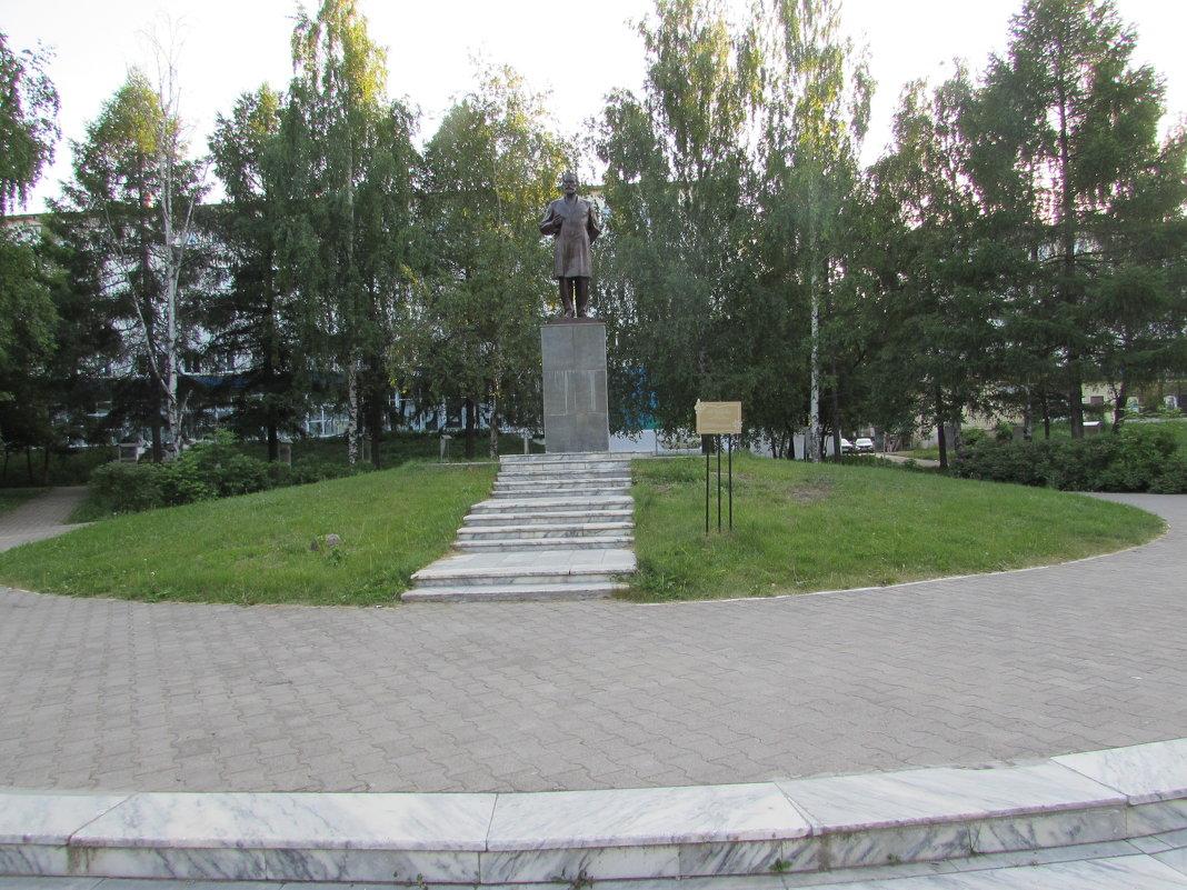 памятник Чайковскому П И - константин Чесноков