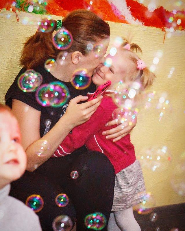 Счастливые мыльные пузыри - Александра Уварова