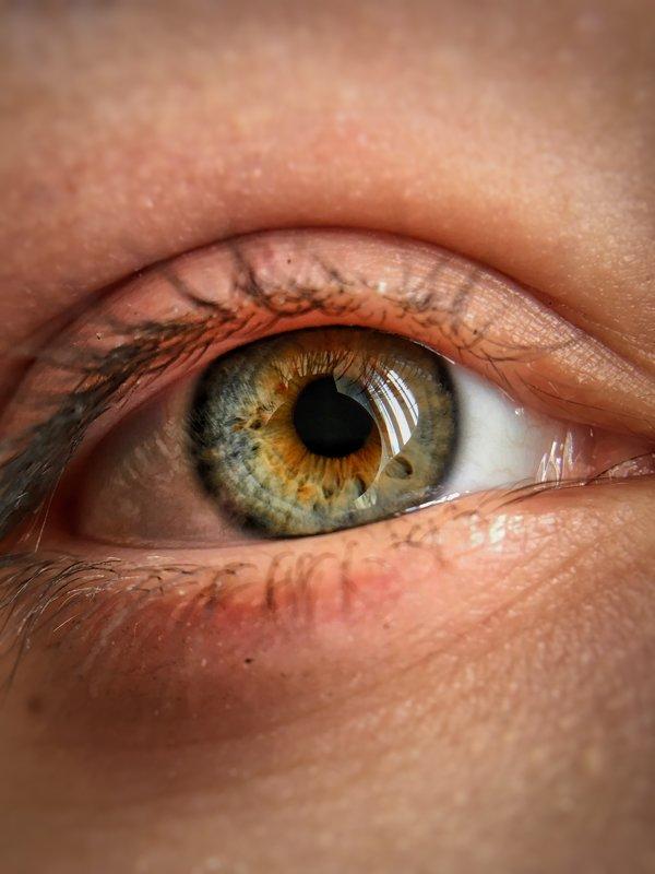 Красивый глаз - Владислав