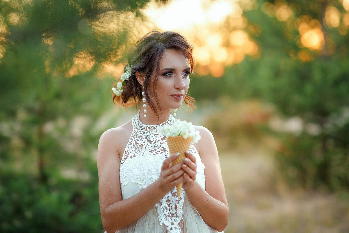 На золотом закате - Любовь Дашевская