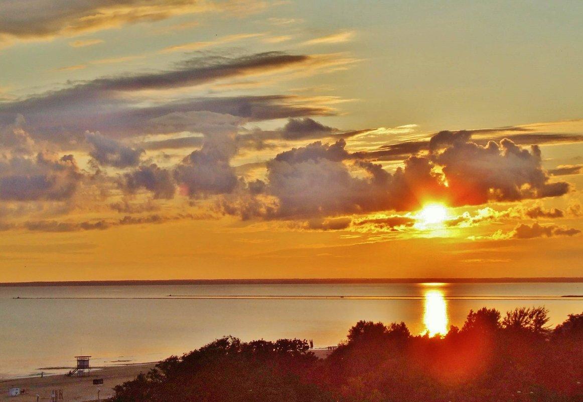 Закат над Пярнуским  заливом - Aida10