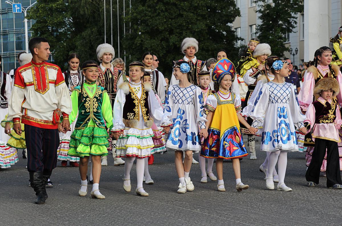 Международный парад - Nina Karyuk