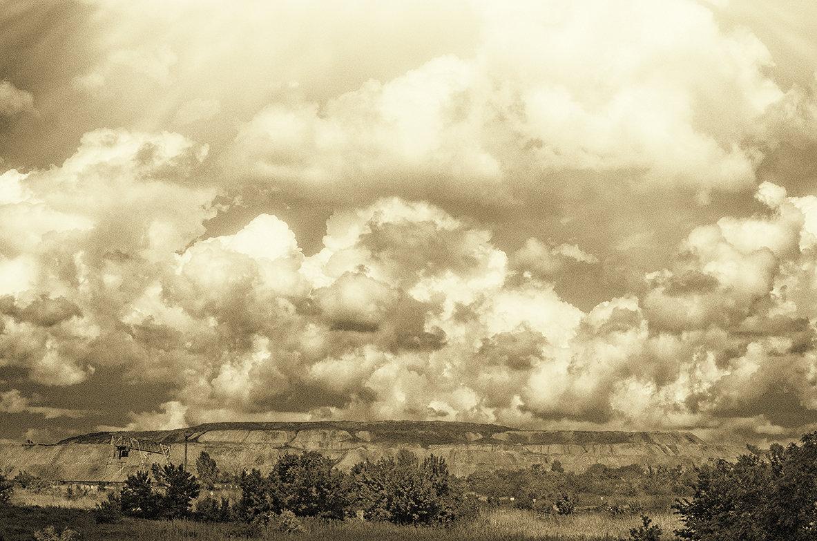 Промышленная зона - Валерий
