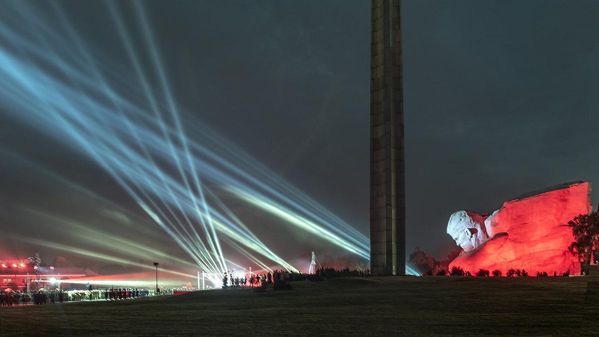 Брестская крепость - Валерий Чернов