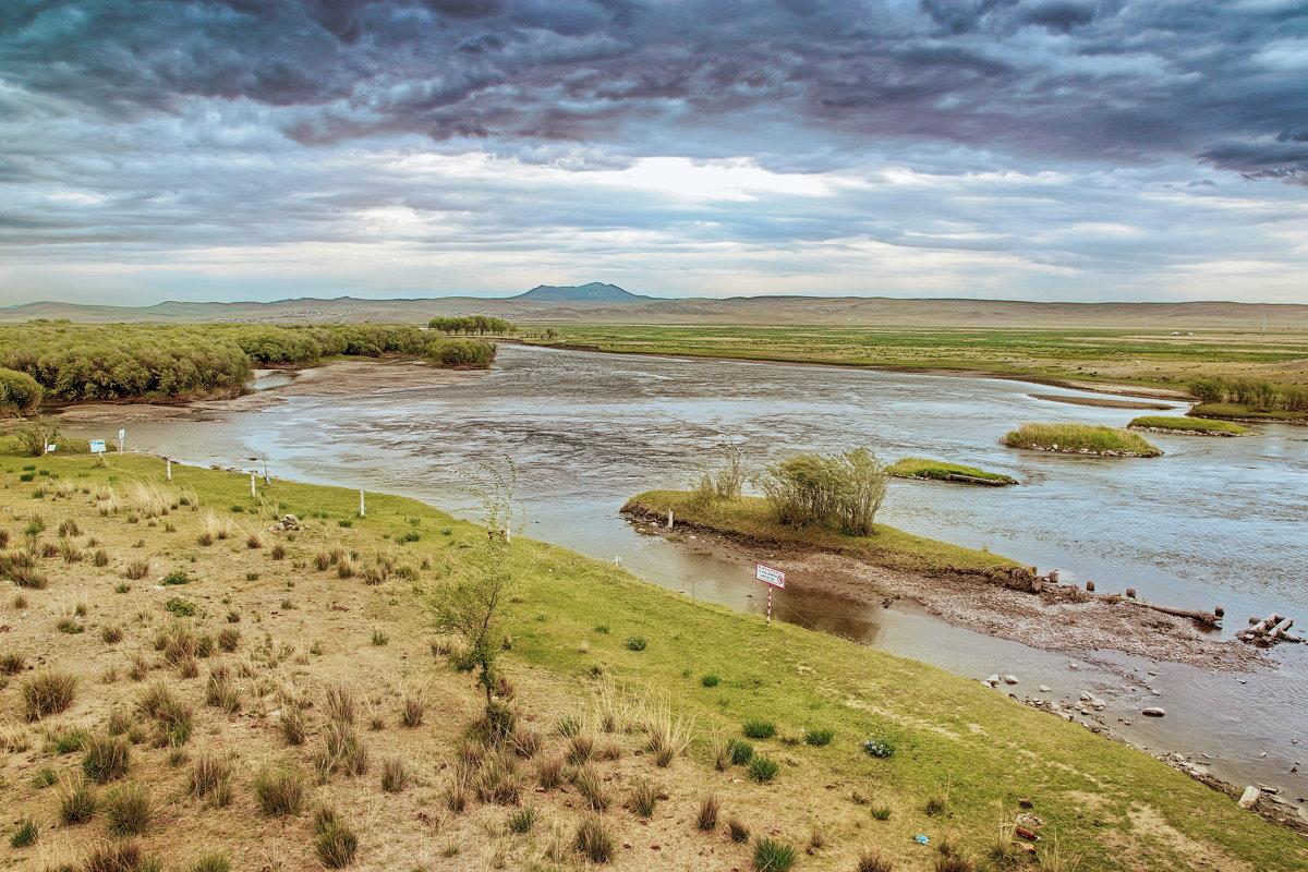 Река Орхон в пасмурный день - Андрей Семенов