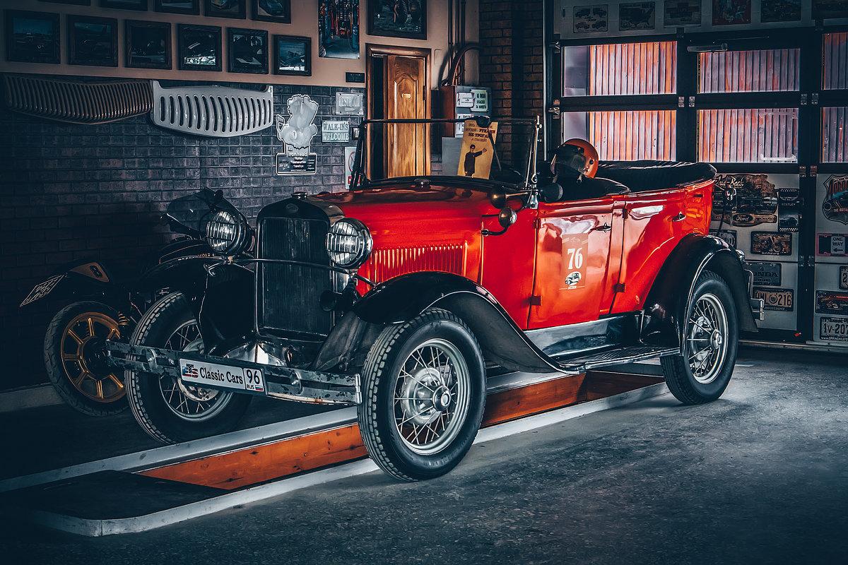 Classic Cars Garage - Андрей Неуймин